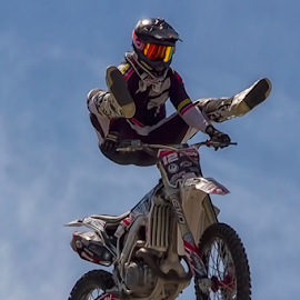 Stunt Biker! by Fred Herring - Sports & Fitness Motorsports