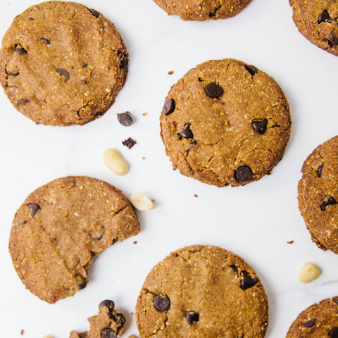Low Carb Peanut Chocolate Chip Cookies