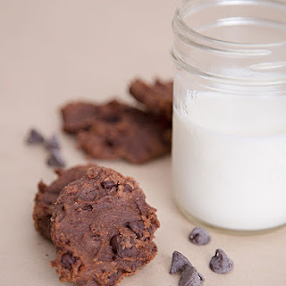 Double Chocolate Vegan Cookies