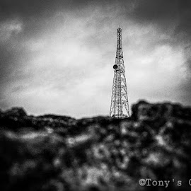 Nothing ever becomes real till it is experienced.©Click : Tathagata ChowdhuryAs : ©Tony's crezF.L :  3.5 mm E.T : 1/100ISO : 100®Don't Copy WithoutAuthorized Permission™ by Tathagata Chowdhury - Landscapes Weather