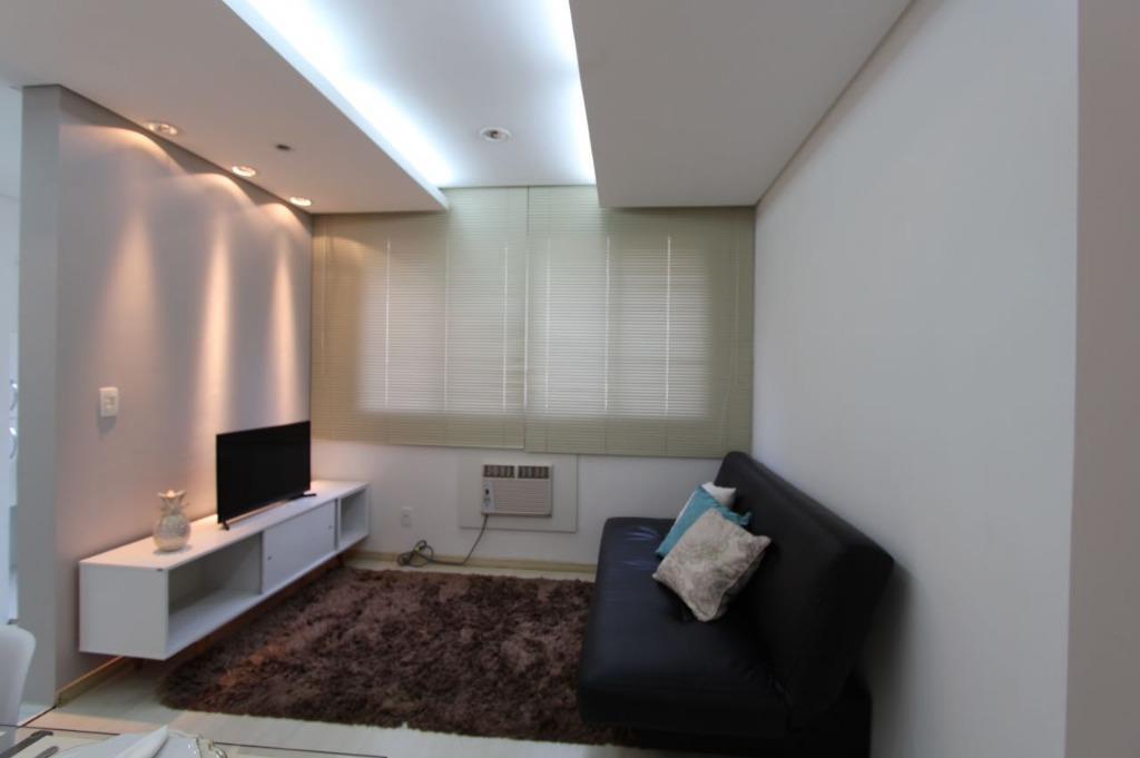 Excelente apartamento com garagem no coração de Florianópoli...