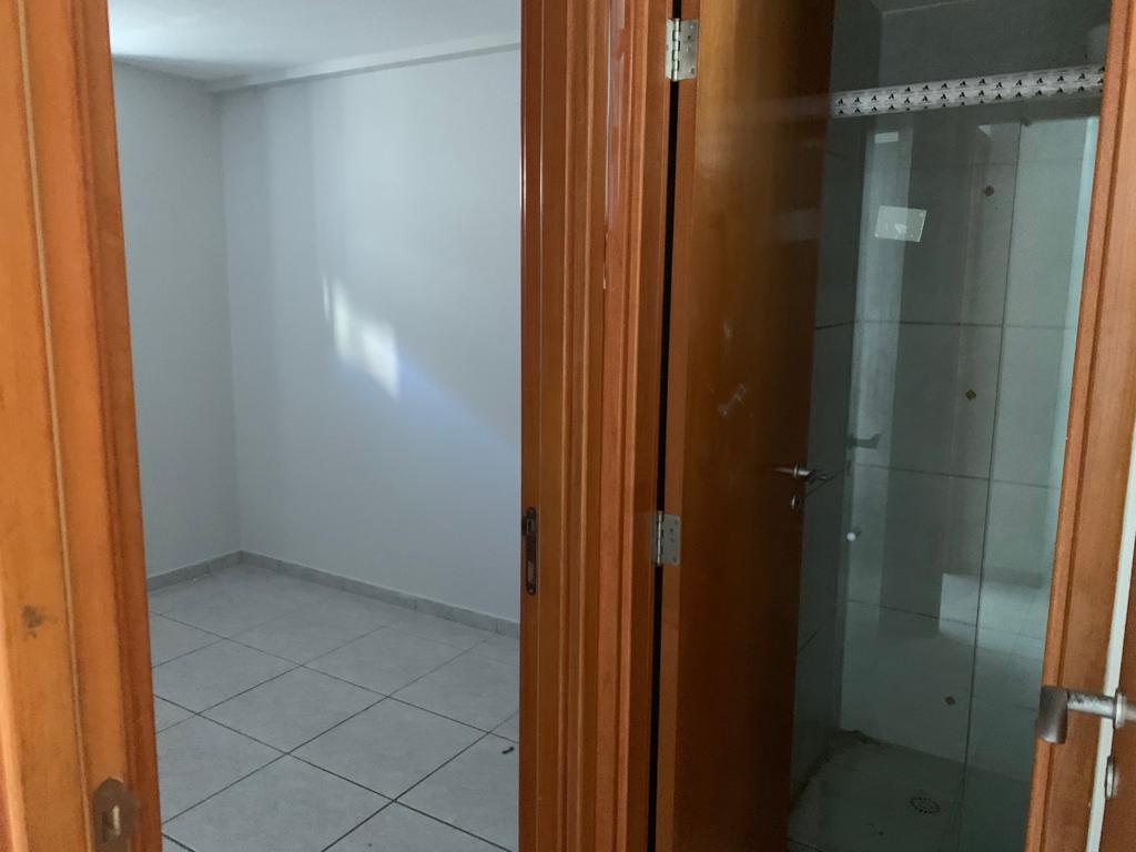 Apartamento com 2 dormitórios para alugar, 70 m² por R$ 1.050/mês - Manaíra - João Pessoa/PB