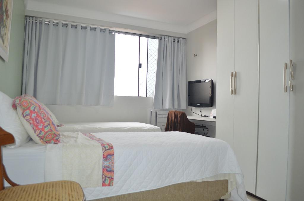 Apartamento residencial à venda, Manaíra, João Pessoa - AP4680.