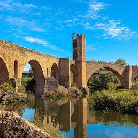 puente Besalú by Roberto Gonzalo Romero - Buildings & Architecture Bridges & Suspended Structures ( girona, puente, besalú, bridge )