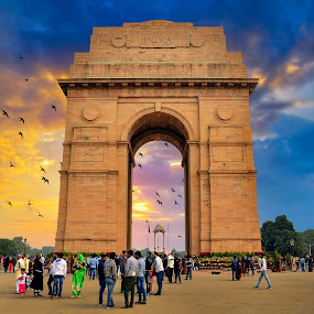 India Gate by Rahul Chakraborty - Buildings & Architecture Public & Historical