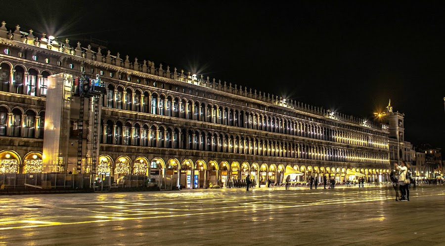 St Mark's Square on a wintery November night by Hariharan Venkatakrishnan - City,  Street & Park  Night