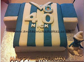 Wigan football T Shirt cake
