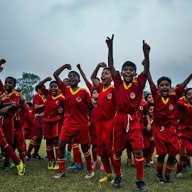 Winning happiness by Nilanjan Ghosh - Babies & Children Children Candids ( winning, football, children candids, happiness, quest )