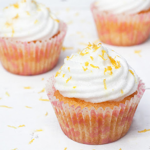 Lemon Cupcakes Recipe With Extra Light Frosting