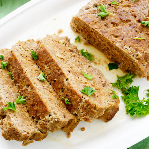 Easy 6 Ingredient Meatloaf with Sourcream and Catsup