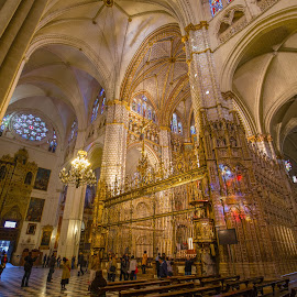 by Roberto Gonzalo - Buildings & Architecture Places of Worship