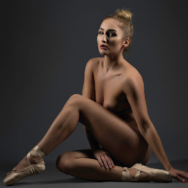 © Rampix Photography by Riaan Rampix - Nudes & Boudoir Artistic Nude ( rachelle summers, shoes, nude, rampix photography, fine art, @rampix_mk, ballet, dance, #rampix )