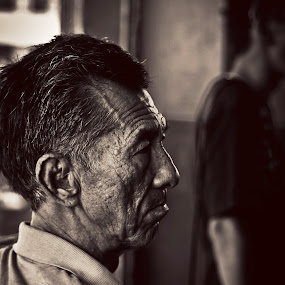 The old man . by Maji Shuki - People Portraits of Men