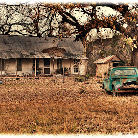 ------The Old Farm House------- by Neal Hatcher - Buildings & Architecture Decaying & Abandoned (  )