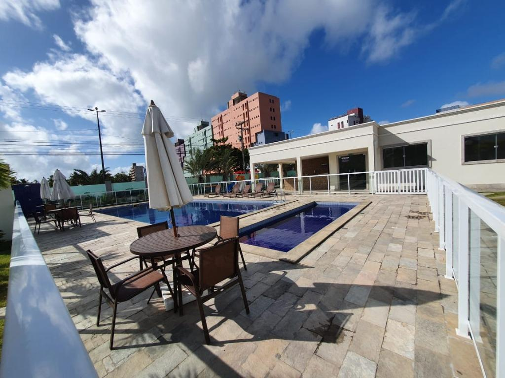 Apartamento com 2 dormitórios para alugar, 50 m² por R$ 1.000,00/mês -  Ponta de Campina - Cabedelo/PB