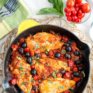 One Skillet Chicken Puttanesca