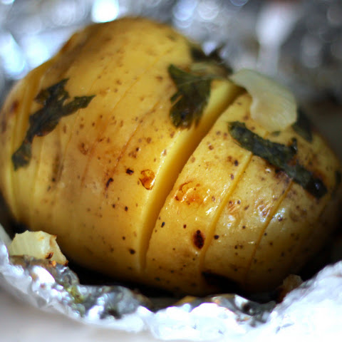 Foil Packet Herb Grilled Potatoes
