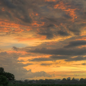 Heaven under fire by Ferdinand Neman - Landscapes Cloud Formations ( cloud, golden moment, dusk )