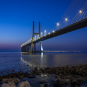 blue hour in Lisbon by Emanuel Ribeiro - Buildings & Architecture Bridges & Suspended Structures ( hora, ponte, sky, blue, lisbon, bridge, hour, portugal, azul )