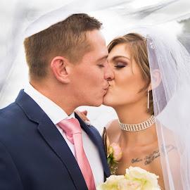 by Louise Kloppers - Wedding Bride & Groom