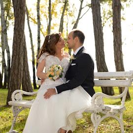 by Sasa Rajic Wedding Photography - Wedding Bride & Groom ( love, kiss, wedding photography, e, weddings, wedding, wedding photographer, bride, groom )