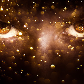 All That Is Gold Does Not Glitter by Derek Kind - Digital Art People ( water, face, person, the hobbit, dragon, eyes, sparkles, tolkien, gold, glittering, nose, boy, glitter, man, eye )