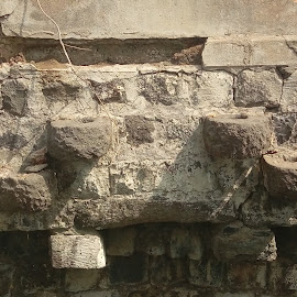 Well old Modal usage  by Dineshkumar Palanaichamy - Buildings & Architecture Other Exteriors ( well, steps )