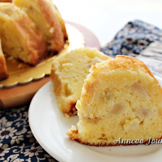 Apple Soft Pound Cake