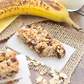 Banana Chocolate Chip Granola Bars