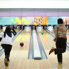Bowling Alley by Ahmat Supriyadhi - Sports & Fitness Bowling ( indonesia, bowling, duel )