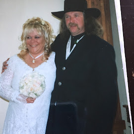 by Joyce Rinehart - Wedding Bride & Groom
