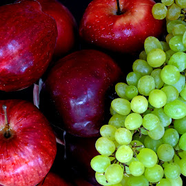 Apple-grape by Asif Bora - Food & Drink Fruits & Vegetables