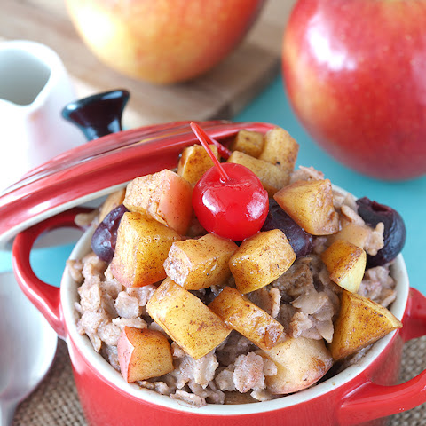 Apple and Cherry Strudel Oatmeal