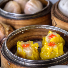Siew Mai Dim Sum by Varok Saurfang - Food & Drink Plated Food ( cuisine, traditional, steamed food, dim sum, chinese, steam )