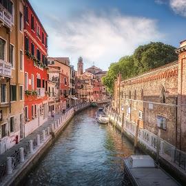 Rio de la Cazziola e de Ca' Rizzi by Ole Steffensen - City,  Street & Park  Street Scenes ( venezia, church, street, venice, boat, canal, italy, rio de la cazziola e de ca' rizzi )