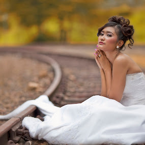 by Menkar Kartawisastra - Wedding Bride