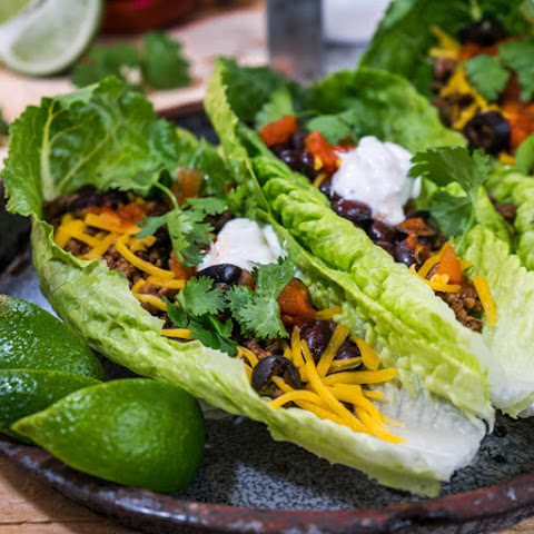 Ground Beef Lettuce Wrap with Cilantro