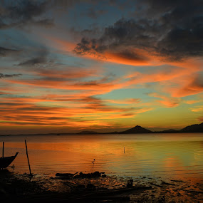 lingga island by Hudrie MhdHz - Landscapes Weather