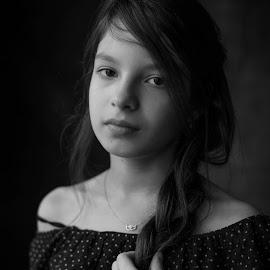 Wiktoria by Rafał Duda - Babies & Children Child Portraits ( natural light, model, black and white, beauty, portrait )