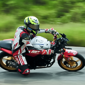 Balap Motor by Agus Mahmuda - Sports & Fitness Motorsports ( panning, honda, motorbike, indonesia, sport, motorcycle, road, motorsport, cross )