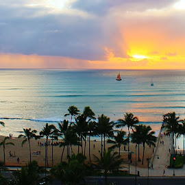 Waikiki Grand View  by Jhonny Rox-Hollywood - Landscapes Beaches ( jhonny, comic, photographer, honolulu, photography, rox hollywood, waikiki )