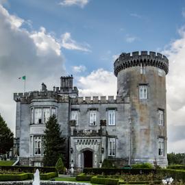 Dromoland Castle 03 by Robert Willson - Buildings & Architecture Public & Historical ( dromoland, ireland, fountain, castle, historical, dromoland castle, historic )