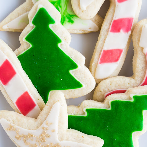 Easy Iced Sugar Cookies