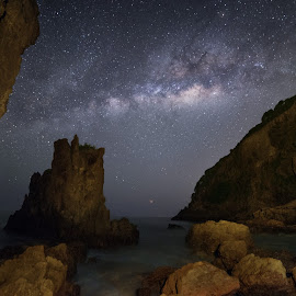 Stars Among the Land and Sea by Edwin Ng - Landscapes Starscapes ( milky way, seascape, star, landscape )
