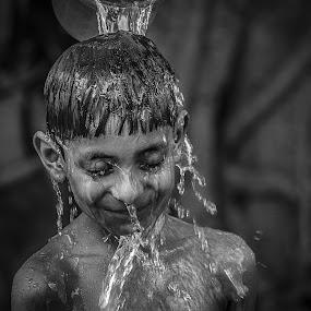 || B E A T THE H E A T || by Sankalan Banik - Babies & Children Children Candids