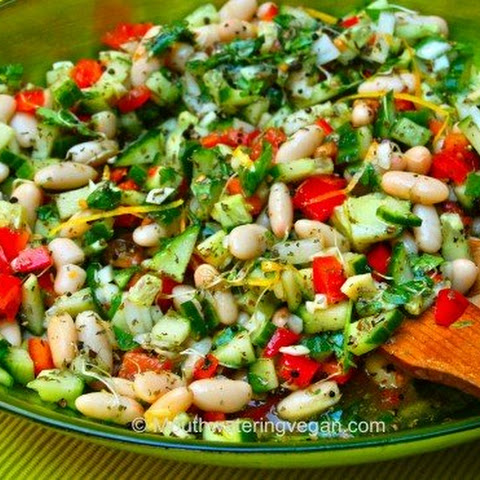 Mouthwatering Middle Eastern-Style Salad