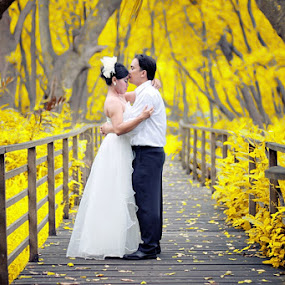 by M Haris - Wedding Bride & Groom