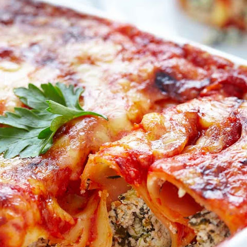 Spinach Ricotta Filled Cannelloni