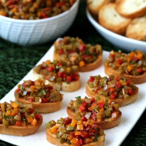 Bell Pepper Bruschetta Crostini