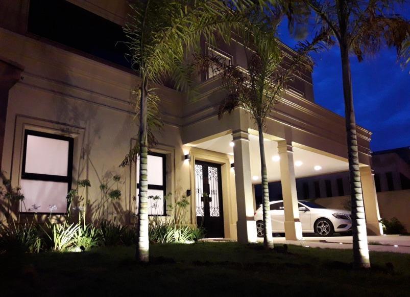 Casa com 3 dormitórios à venda, 322 m² por R$ 1.850.000 - Boa Vista - Votorantim/SP